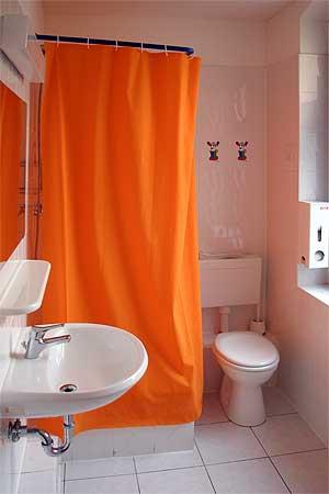 guenstige hotels f r jugendgruppen in berlin unterkunft f r jugendgruppen. Black Bedroom Furniture Sets. Home Design Ideas